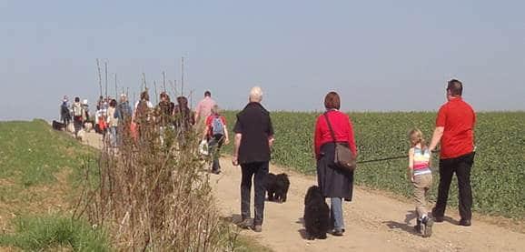 Frühlingswanderung der Landesgruppe Mitte in Gau Algesheim 5